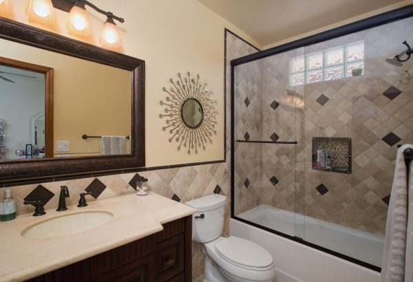 small bath remodeling in Orange Ca